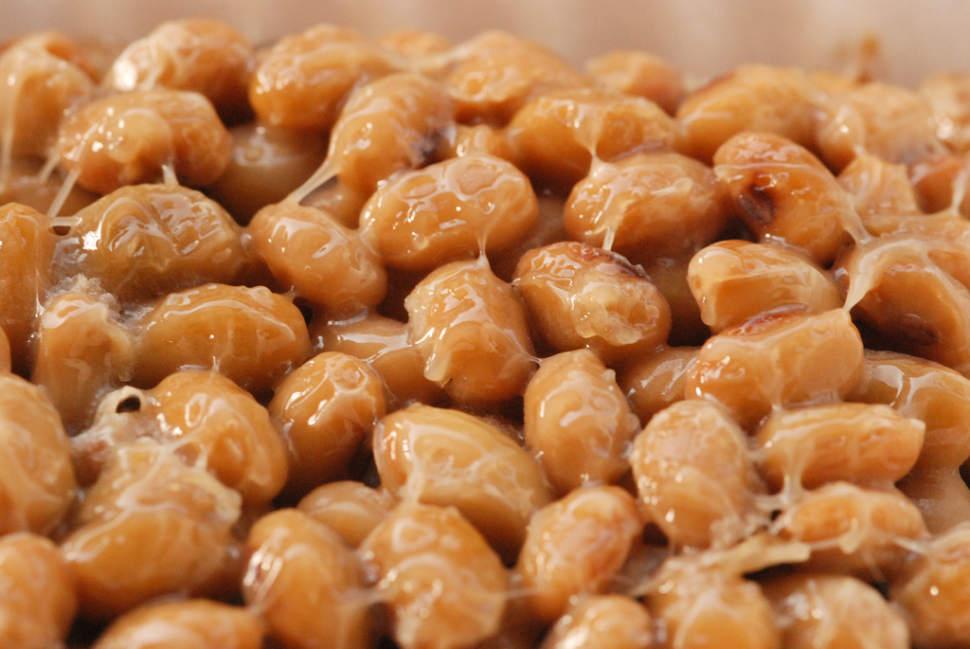 Сброженные соевые бобы — натто